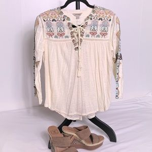 LUCKY Brand Boho style Embroidered Top